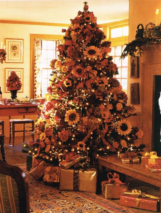 Artificial Tree - Artificial Christmas trees unique decorations and decorating ideas.