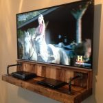 {DIY} Pallet Wood Floating TV Shelf Idea That Hides Your Wires