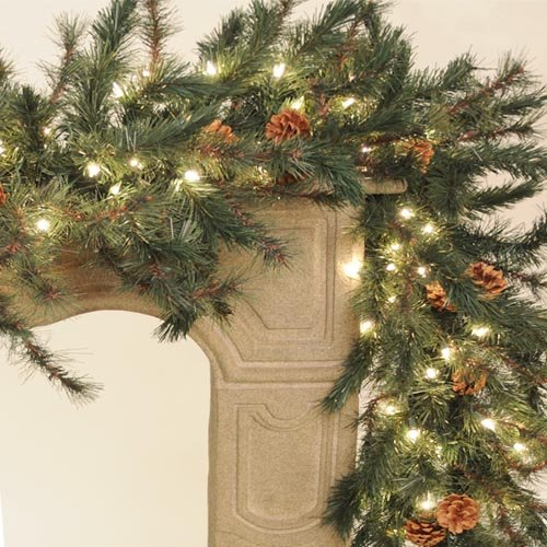 Emerald Pine Lighted Garland 9 ft