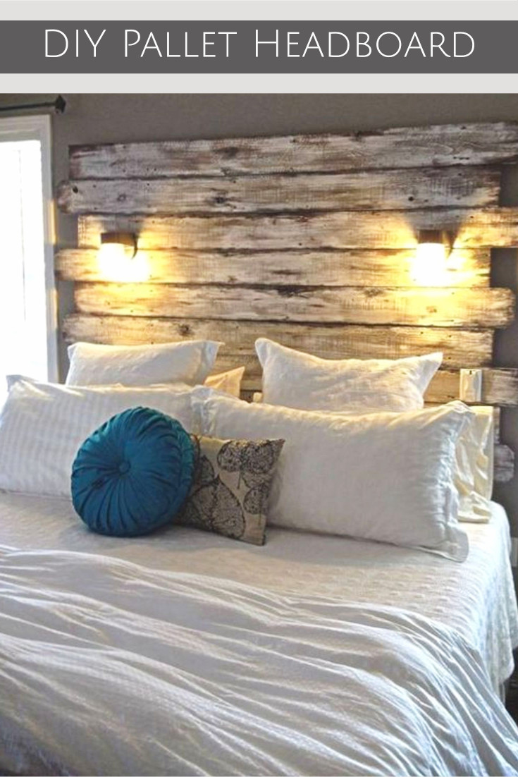 DIY wood Pallet Headboard - wood pallet headboards #palletprojects #diyhomedecor #homedecorideas #diycrafts #livingroomideas #farmhousedecor #rusticdecorideas #houseideas #bedroomideas