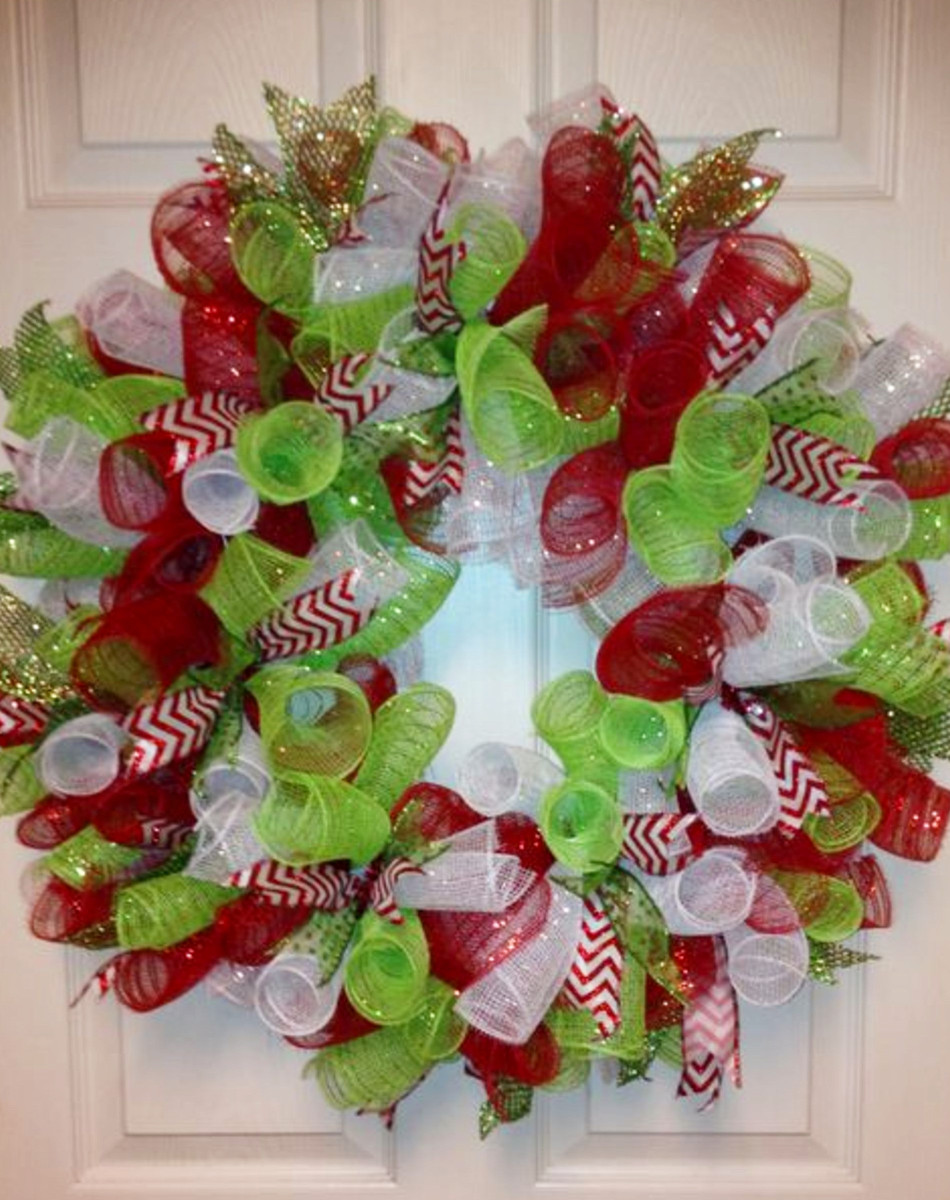 DIY Christmas Wreaths Ideas To Make #christmascrafts #christmaswreathideas #diychristmaswreath #diyholidayideas #christmasdecor #christmasdecorations #christmasdiy #diycrafts #diyhomedecor