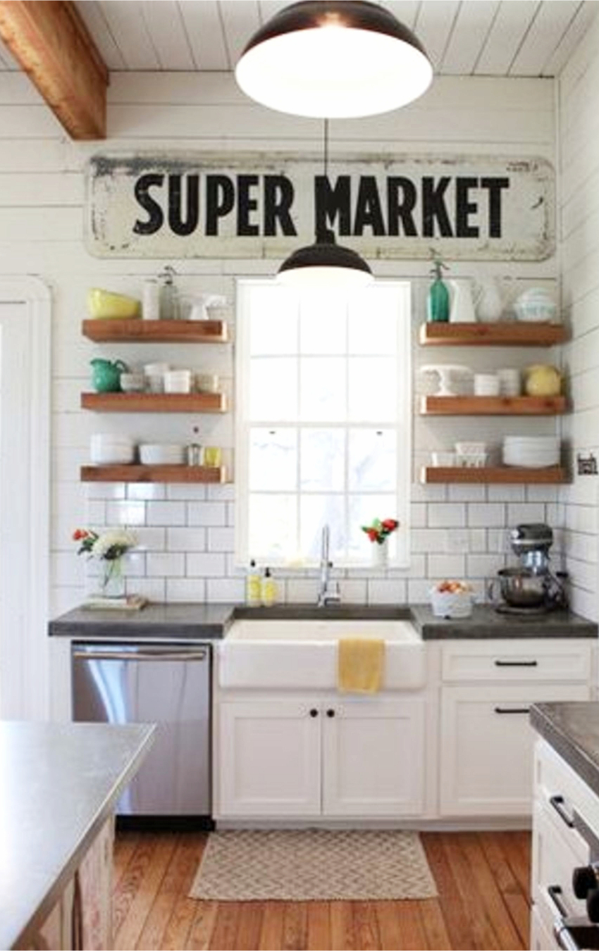 Farmhouse sinks we LOVE - gorgeous farm house kitchens and farmhouse kitchen ideas #farmhousekitchen #farmhousedecor #kitchenideas #farmhousesink #homedecorideas #farmhousestyle #kitchendecor #rusticdecor #diyhomedecor #kitchendesign